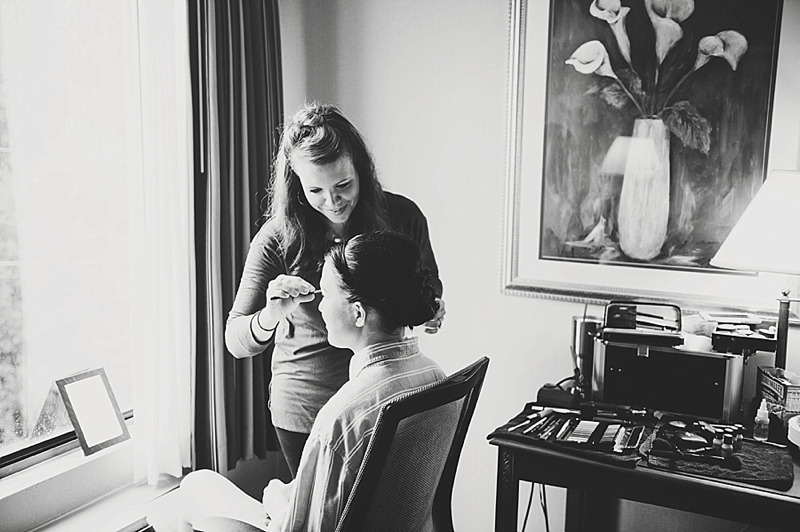 Beautiful rainy Tidewater Inn Wedding in Easton Maryland by Wedding Photographer Erin Wheeler